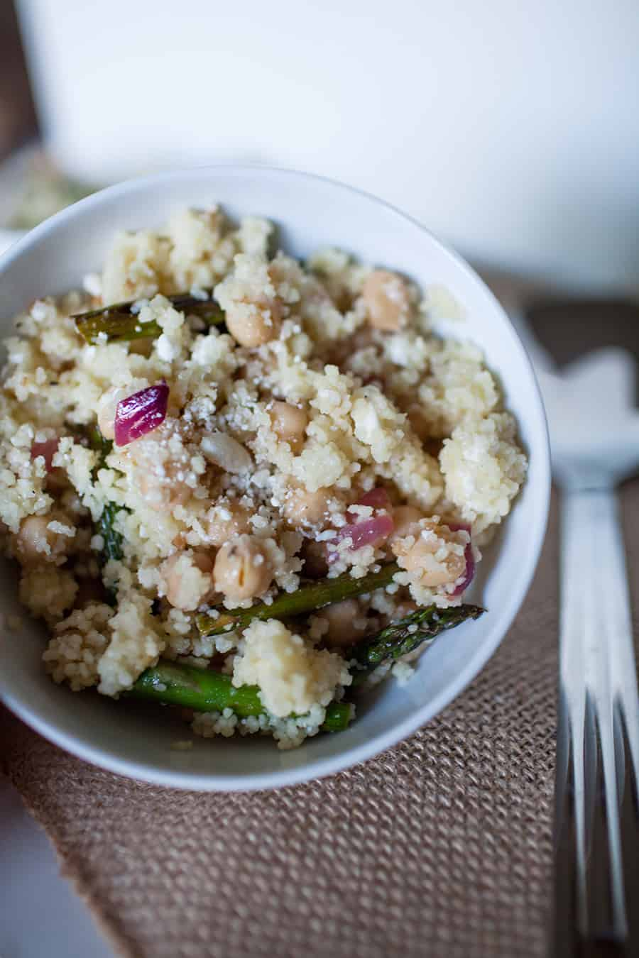 The perfect side dish for summer! Asparagus, feta and couscous makes this a delicious mediterranean salad!