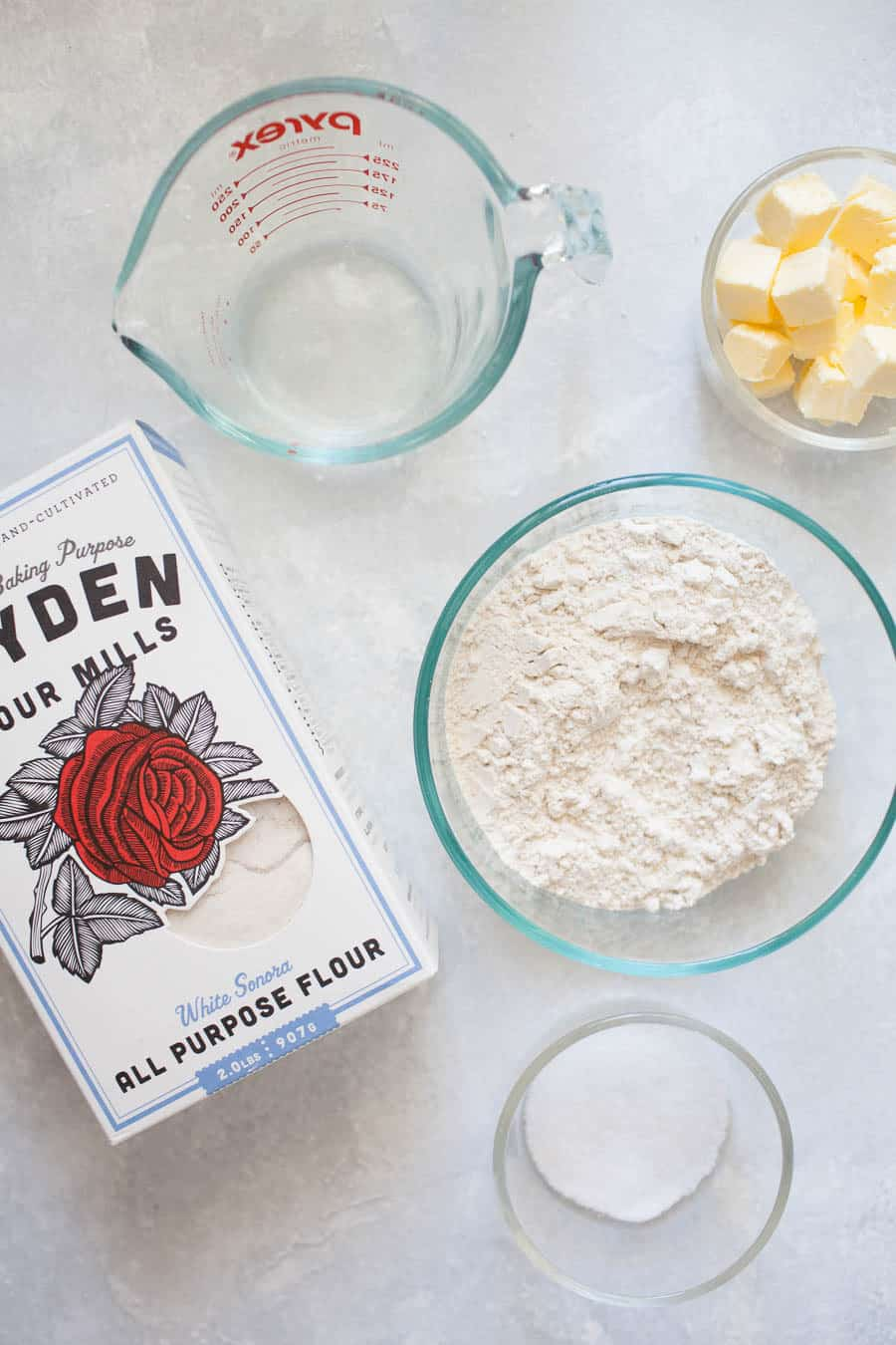 The holidays are right around the corner, which means it's time to plan those holiday pies! There's no better way than learning to make your own homemade holiday pie crust. With the right technique and ingredients, making pie crust from scratch can be done!